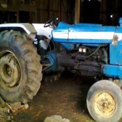 Vendo tractor ford 5000 con huinche...
