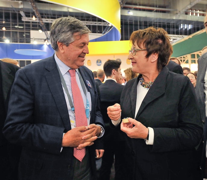 Visita de Ministra de Economía de Alemania e importante participación nacional: Marcaron la presencia de Fruits from Chile en Fruit Logística 2018